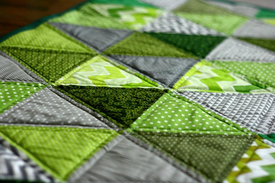 Modern patchwork falvédő