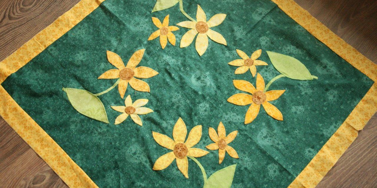 Margarétás patchwork ágytakaró: varrás, applikálás