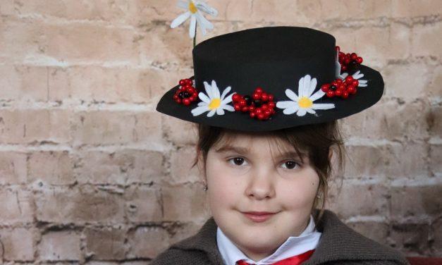 Marry Poppins  virágos kalapja saját kezűleg