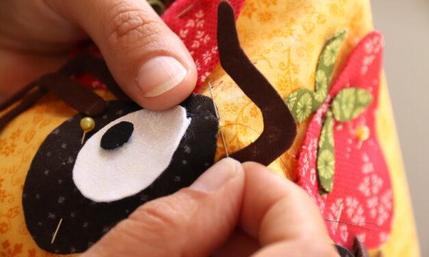 Patchwork Piknik terítő hangyákkal